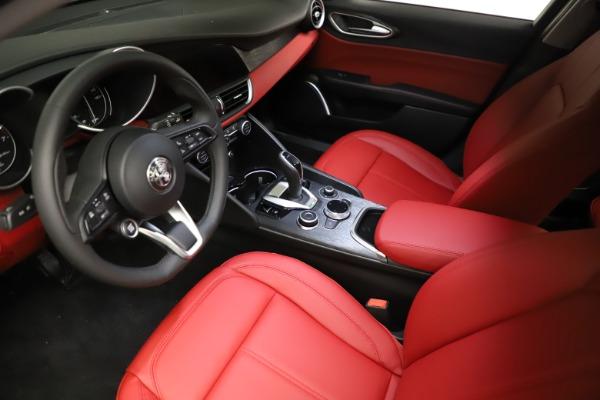 New 2021 Alfa Romeo Giulia Q4 for sale $48,535 at Maserati of Westport in Westport CT 06880 13