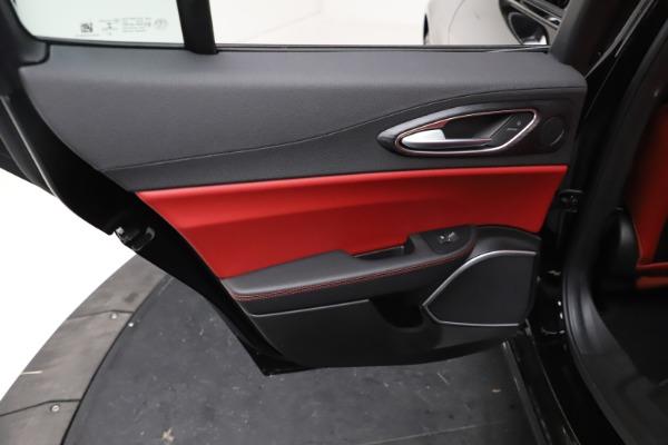 New 2021 Alfa Romeo Giulia Q4 for sale $48,535 at Maserati of Westport in Westport CT 06880 21