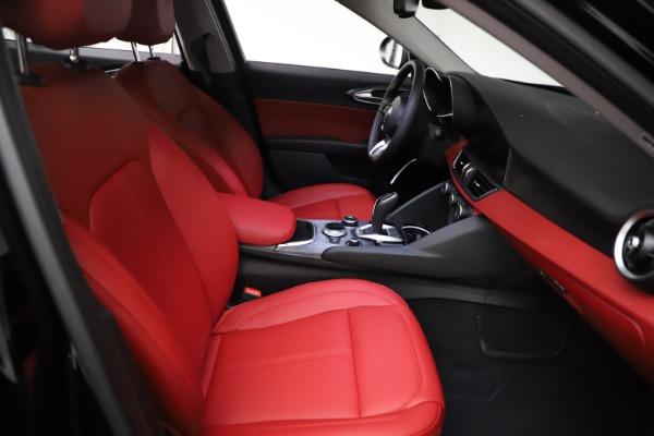 New 2021 Alfa Romeo Giulia Q4 for sale $48,535 at Maserati of Westport in Westport CT 06880 23