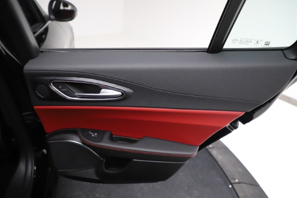 New 2021 Alfa Romeo Giulia Q4 for sale $48,535 at Maserati of Westport in Westport CT 06880 27