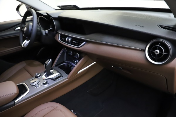 New 2021 Alfa Romeo Stelvio Ti Q4 for sale $53,650 at Maserati of Westport in Westport CT 06880 20
