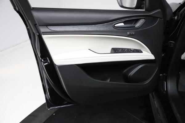 New 2021 Alfa Romeo Stelvio Q4 for sale $50,245 at Maserati of Westport in Westport CT 06880 17