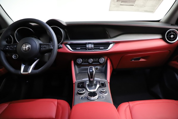New 2021 Alfa Romeo Stelvio Ti Q4 for sale $55,500 at Maserati of Westport in Westport CT 06880 17