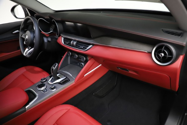 New 2021 Alfa Romeo Stelvio Ti Q4 for sale $55,500 at Maserati of Westport in Westport CT 06880 21