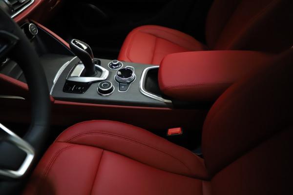 New 2021 Alfa Romeo Stelvio Ti Q4 for sale $55,500 at Maserati of Westport in Westport CT 06880 27