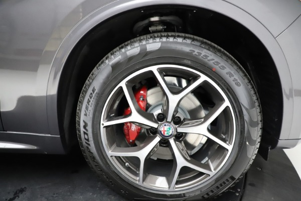 New 2021 Alfa Romeo Stelvio Ti Q4 for sale $55,500 at Maserati of Westport in Westport CT 06880 28