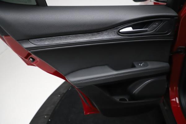 New 2021 Alfa Romeo Stelvio Sprint for sale $50,535 at Maserati of Westport in Westport CT 06880 20