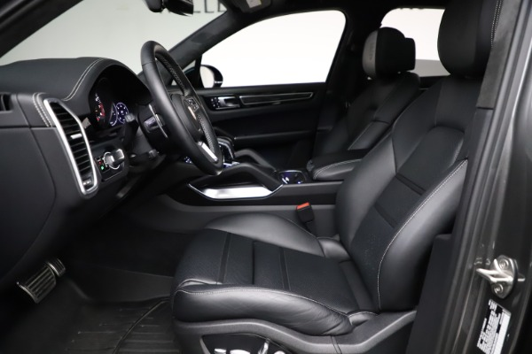 Used 2020 Porsche Cayenne Turbo for sale Sold at Maserati of Westport in Westport CT 06880 19
