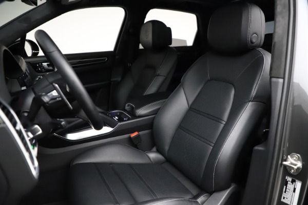 Used 2020 Porsche Cayenne Turbo for sale Sold at Maserati of Westport in Westport CT 06880 20