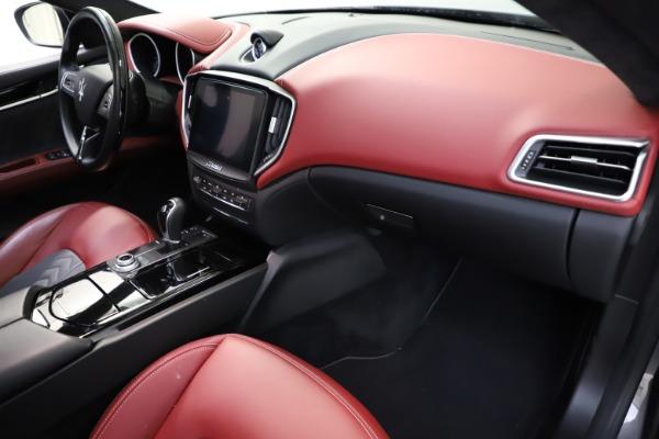 Used 2018 Maserati Ghibli SQ4 GranLusso for sale $55,900 at Maserati of Westport in Westport CT 06880 16