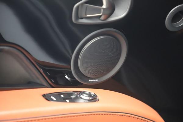 Used 2019 Aston Martin DBS Superleggera for sale $279,990 at Maserati of Westport in Westport CT 06880 17