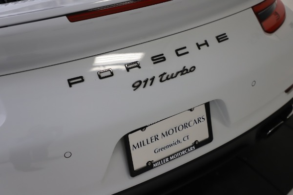 Used 2018 Porsche 911 Turbo for sale $159,990 at Maserati of Westport in Westport CT 06880 27