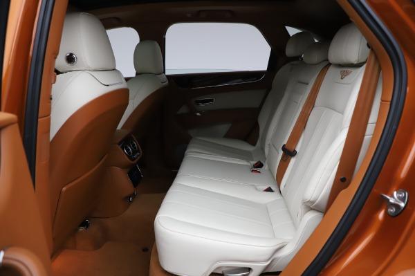 Used 2018 Bentley Bentayga Onyx Edition for sale $149,900 at Maserati of Westport in Westport CT 06880 22