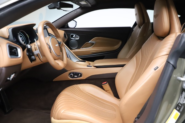 Used 2018 Aston Martin DB11 V8 for sale $151,900 at Maserati of Westport in Westport CT 06880 13
