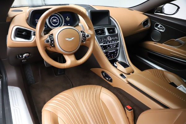 Used 2018 Aston Martin DB11 V8 for sale $151,900 at Maserati of Westport in Westport CT 06880 14
