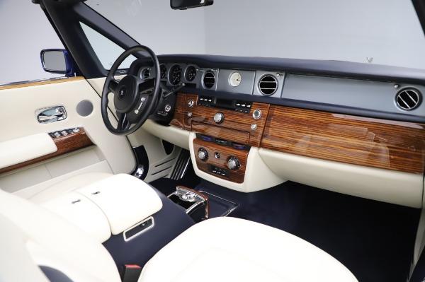 Used 2009 Rolls-Royce Phantom Drophead Coupe for sale $219,900 at Maserati of Westport in Westport CT 06880 24