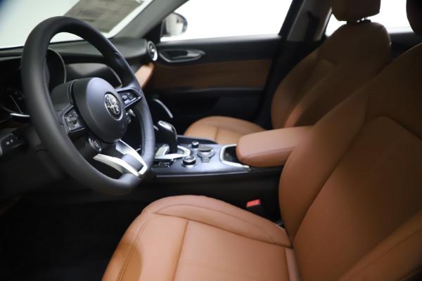 New 2021 Alfa Romeo Giulia Q4 for sale $48,535 at Maserati of Westport in Westport CT 06880 15