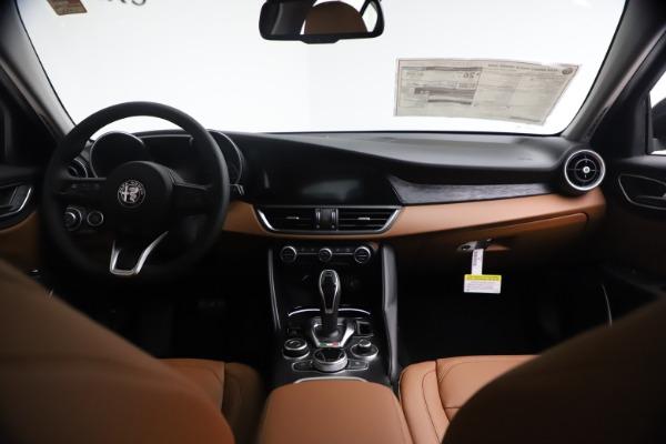 New 2021 Alfa Romeo Giulia Q4 for sale $48,535 at Maserati of Westport in Westport CT 06880 17