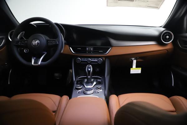 New 2021 Alfa Romeo Giulia Ti Sport Q4 for sale $54,050 at Maserati of Westport in Westport CT 06880 16