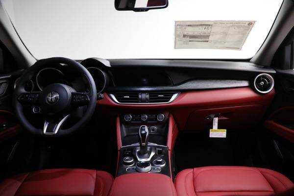 New 2021 Alfa Romeo Stelvio Q4 for sale $50,445 at Maserati of Westport in Westport CT 06880 15