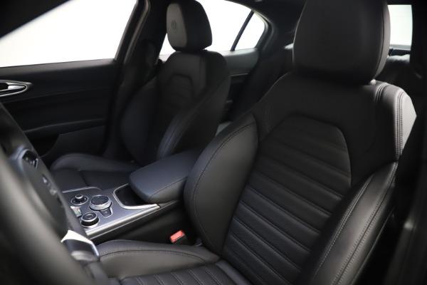New 2021 Alfa Romeo Giulia Ti Sport Q4 for sale $53,750 at Maserati of Westport in Westport CT 06880 16