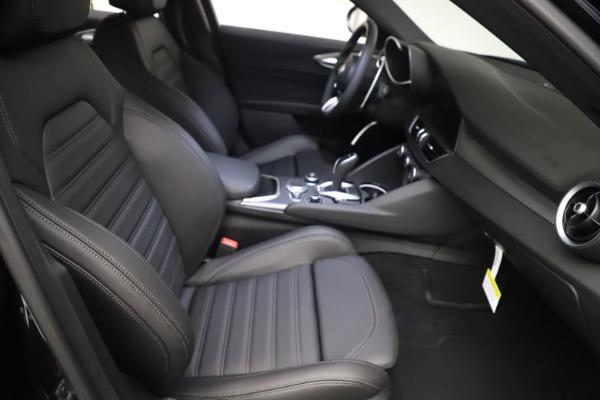 New 2021 Alfa Romeo Giulia Ti Sport Q4 for sale $53,750 at Maserati of Westport in Westport CT 06880 22