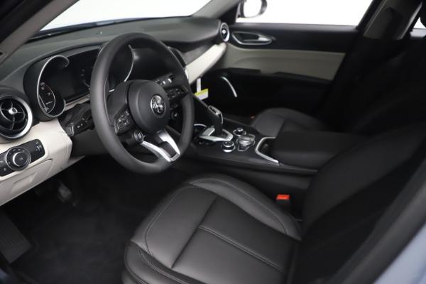 New 2021 Alfa Romeo Giulia Q4 for sale $48,245 at Maserati of Westport in Westport CT 06880 14