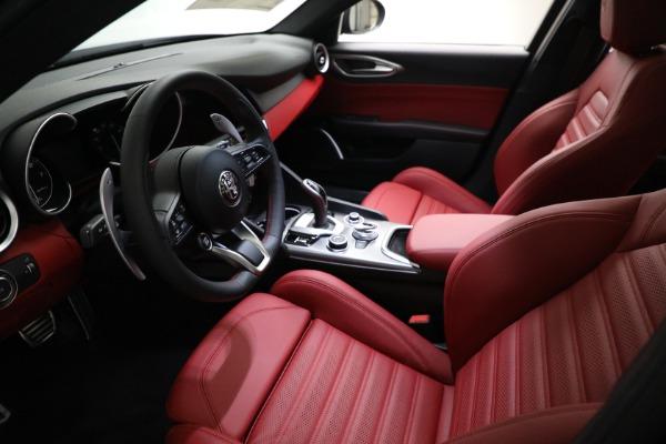 New 2021 Alfa Romeo Giulia Ti Sport Q4 for sale $54,050 at Maserati of Westport in Westport CT 06880 13