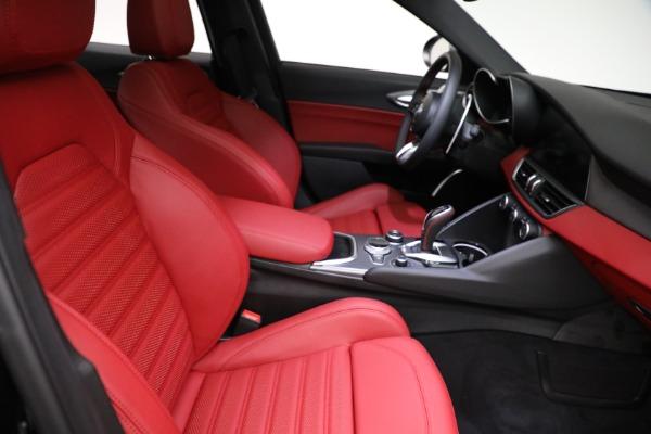 New 2021 Alfa Romeo Giulia Ti Sport Q4 for sale $54,050 at Maserati of Westport in Westport CT 06880 21