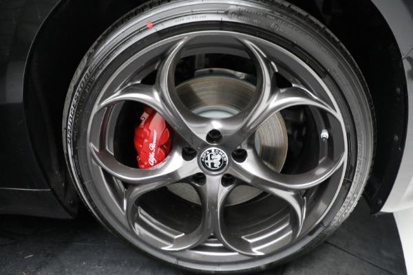 New 2021 Alfa Romeo Giulia Ti Sport Q4 for sale $54,050 at Maserati of Westport in Westport CT 06880 24