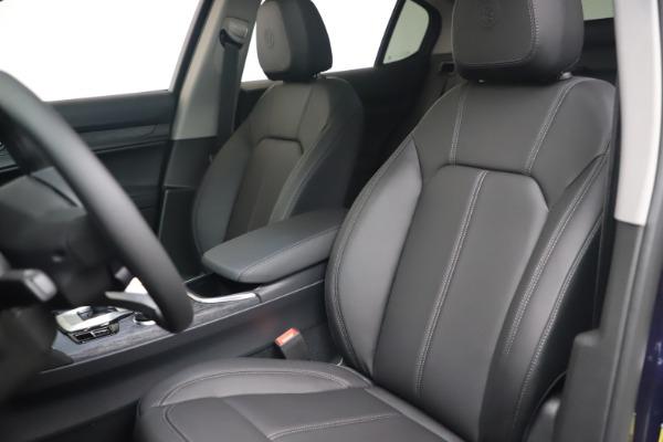 New 2021 Alfa Romeo Stelvio Q4 for sale $49,945 at Maserati of Westport in Westport CT 06880 13