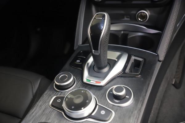 New 2021 Alfa Romeo Stelvio Q4 for sale $49,945 at Maserati of Westport in Westport CT 06880 18