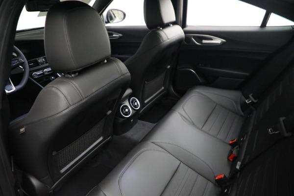 New 2021 Alfa Romeo Giulia Ti Sport Q4 for sale $53,050 at Maserati of Westport in Westport CT 06880 15
