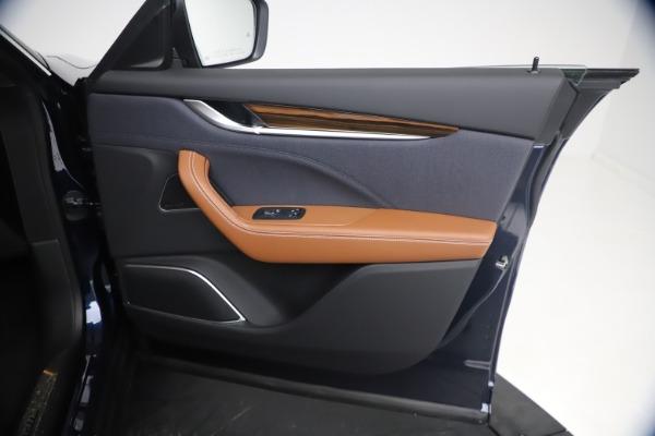 New 2021 Maserati Levante Q4 GranLusso for sale $93,385 at Maserati of Westport in Westport CT 06880 23