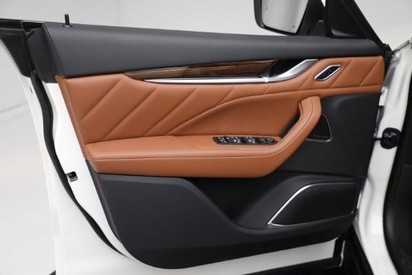 New 2021 Maserati Levante Q4 GranLusso for sale $89,735 at Maserati of Westport in Westport CT 06880 17