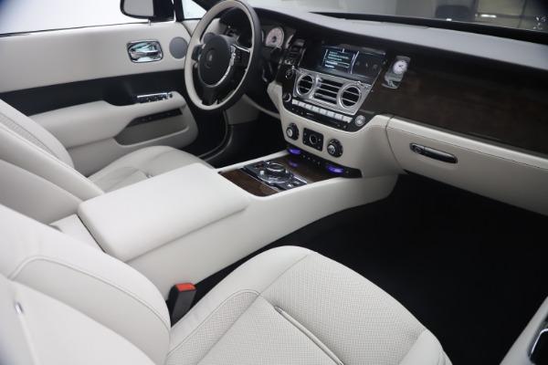 New 2021 Rolls-Royce Dawn for sale $391,350 at Maserati of Westport in Westport CT 06880 28