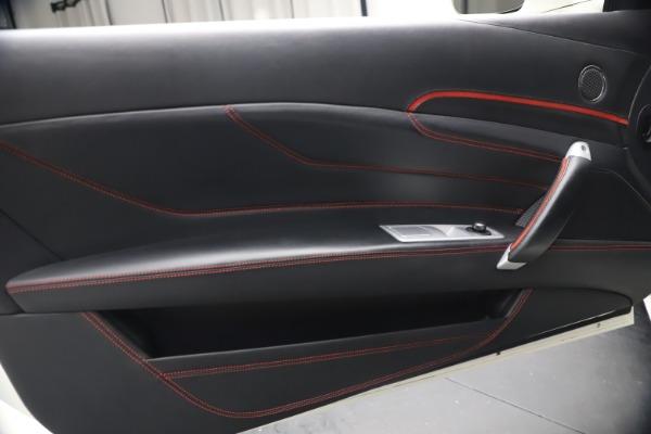 Used 2015 Ferrari FF for sale $159,900 at Maserati of Westport in Westport CT 06880 17