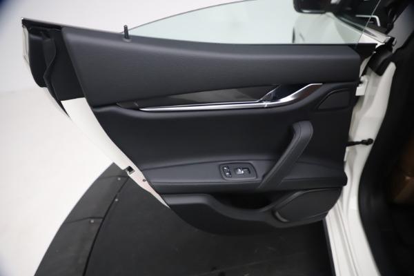 New 2021 Maserati Ghibli SQ4 for sale $85,804 at Maserati of Westport in Westport CT 06880 22
