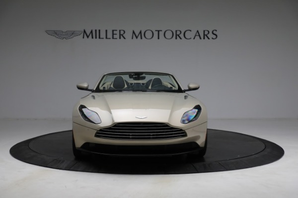 Used 2019 Aston Martin DB11 Volante for sale $209,900 at Maserati of Westport in Westport CT 06880 11