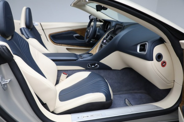 Used 2019 Aston Martin DB11 Volante for sale $209,900 at Maserati of Westport in Westport CT 06880 21