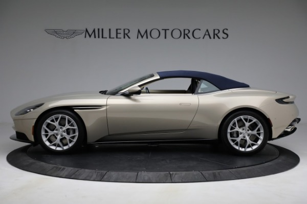 Used 2019 Aston Martin DB11 Volante for sale $209,900 at Maserati of Westport in Westport CT 06880 26
