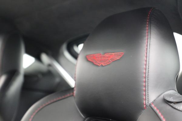Used 2015 Aston Martin V12 Vantage S for sale $119,900 at Maserati of Westport in Westport CT 06880 19