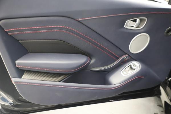 New 2021 Aston Martin Vantage for sale $189,686 at Maserati of Westport in Westport CT 06880 17