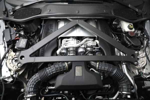 New 2021 Aston Martin DB11 V8 for sale $235,986 at Maserati of Westport in Westport CT 06880 22
