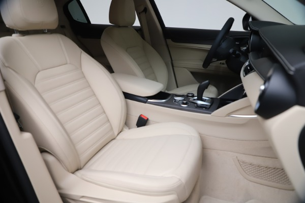 New 2021 Alfa Romeo Stelvio Ti Q4 for sale $54,755 at Maserati of Westport in Westport CT 06880 21