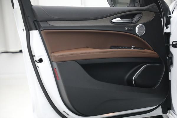 New 2021 Alfa Romeo Stelvio Ti Q4 for sale $54,840 at Maserati of Westport in Westport CT 06880 21