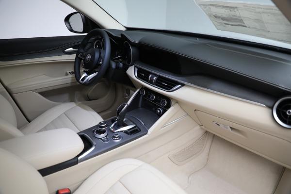 New 2021 Alfa Romeo Stelvio Ti Q4 for sale $57,400 at Maserati of Westport in Westport CT 06880 28
