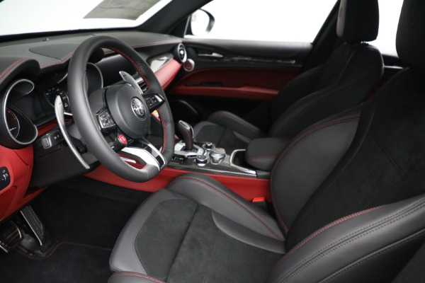 New 2021 Alfa Romeo Stelvio Quadrifoglio for sale $88,550 at Maserati of Westport in Westport CT 06880 13