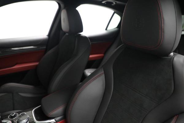 New 2021 Alfa Romeo Stelvio Quadrifoglio for sale $88,550 at Maserati of Westport in Westport CT 06880 15