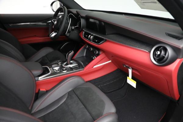 New 2021 Alfa Romeo Stelvio Quadrifoglio for sale $88,550 at Maserati of Westport in Westport CT 06880 22